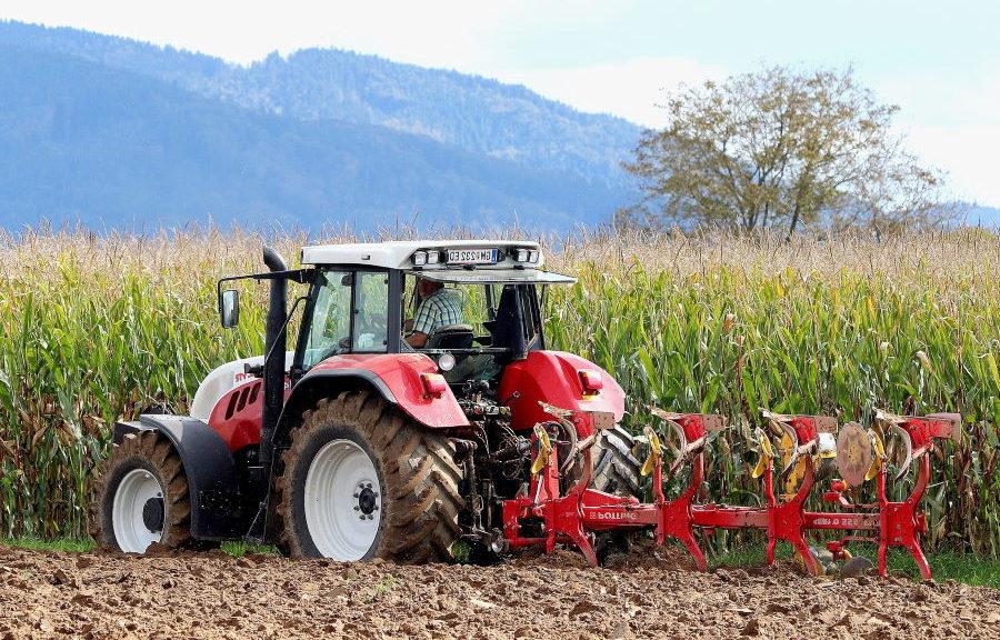 Quels critères pour acheter un tracteur agricole